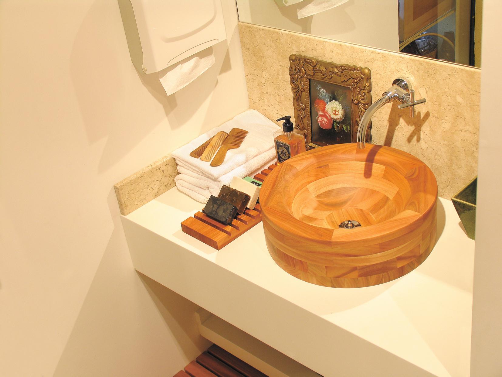 Cubas e vasos sanitários, você sabe escolher?  Giacomelli Blog  Imobiliária -> Decoracao De Banheiro Com Vaso Sanitario Preto