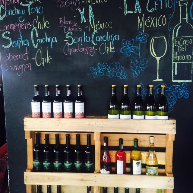 pallet estante para garrafas de vinho - Foto Marco Antonio Medeiros