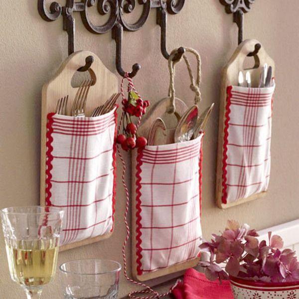 organização de talheres - Foto decoratingyoursmallspace.com